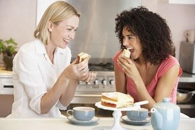 amigas-tomando-té