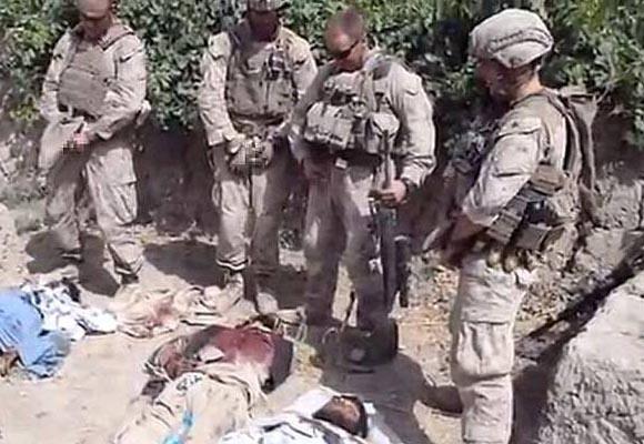 marines-orinando-muertos