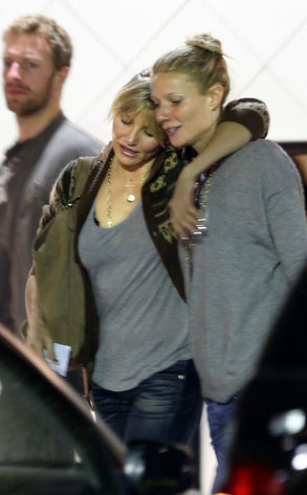 Foto: Gwyneth Paltrow y Cameron Diaz con copas de más