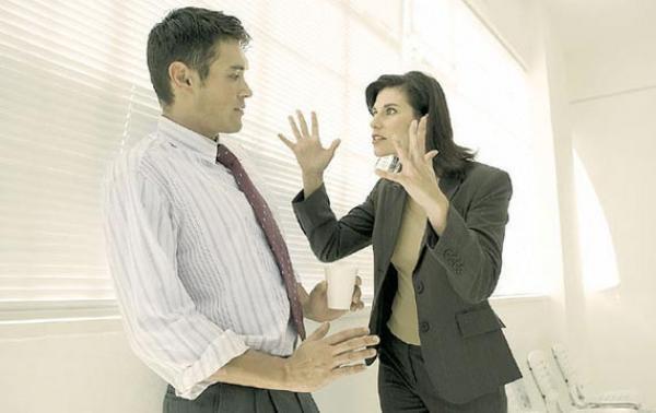 Cosas que jamás debes decirle a tu jefe