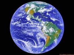 Insólito: Subastan al Planeta Tierra