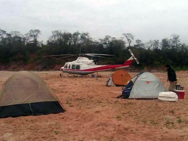 Gobernador de Salta usó el helicóptero del 911 para ir a pescar - Fotos