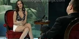 Video imperdible: periodista entrevista a primer ministro sin ropa interior