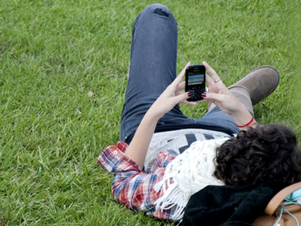 Cuánto aumentan las tarifas de llamadas y envío de SMS por celular