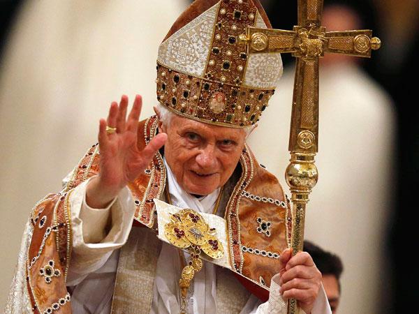 Quiénes son los candidatos para suceder a Benedicto XVI