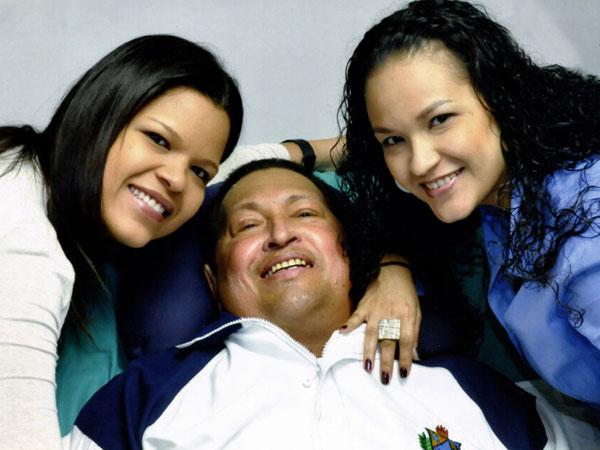 Así está Hugo Chavez - Fotos Oficiales