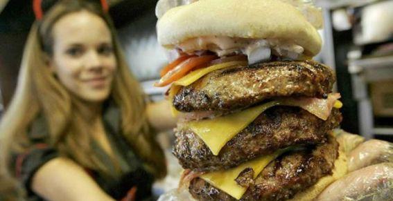 Muere de un infarto en Restaurante 'Ataque a corazón'