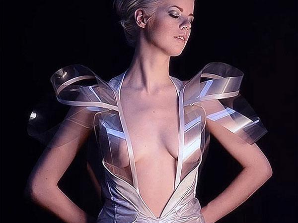 Video: Un vestido se vuelve transparente según tu ánimo