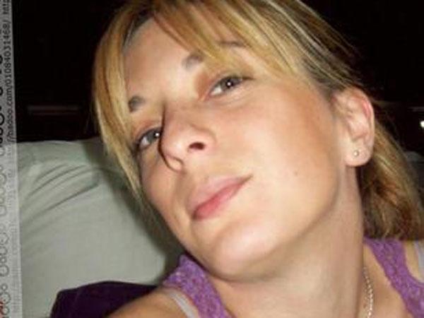 Echaron de la casa a la maestra acusada de maltrato