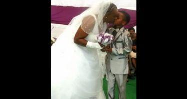 Niño de 8 años se casa con una mujer de 61 - Video