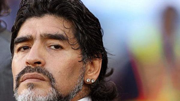 Diego Maradona reconoció a su hijo desde Dubai