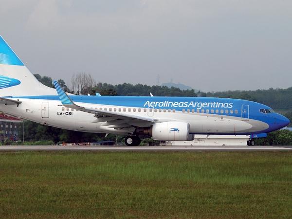 Aerolíneas subió sus tarifas 176%